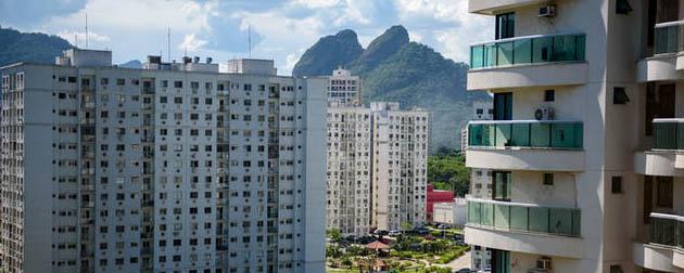 Vendemos Imóveis RJ | Apartamento 3 quartos com armários e cozinha planejada. Cod.: 596, Apartamento 3 quartos com armários e cozinha planejada para venda ou locação na Rua Francisco de Paula, Região Olímpica da Barra da Tijuca - Zona Oeste - RJ