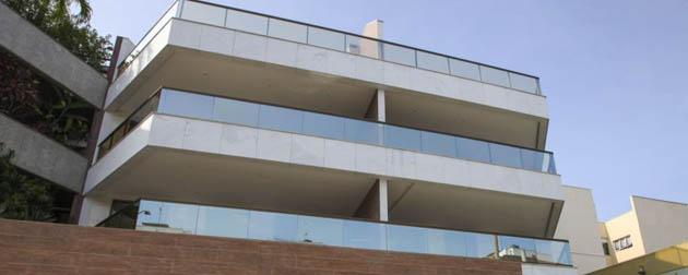 Apartamentos de 3 quartos com suíte, varanda gourmet, wc e duas vagas. Coberturas lineares com 3 suítes, lavado, dependência e 3 vagas na garagem no Recreio dos Bandeirantes, zona oeste, Rio de Janeiro - RJ